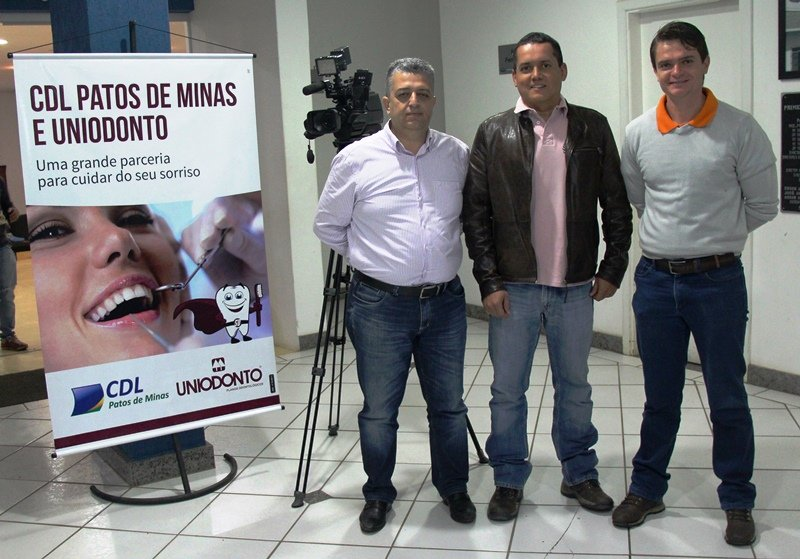 CDL Patos de Minas realiza parceria com a Cooperativa de Planos Odontológicos UNIODONTO