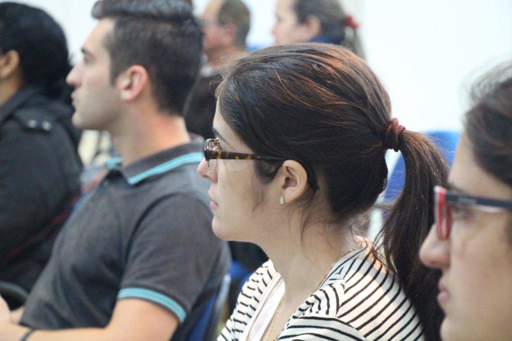 CDL Talentos realiza palestra sobre elaboração de currículo e como se portar na entrevista de emprego