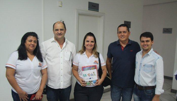 CDL faz entrega de kits escolares a entidades e instituições de ensino de Patos de Minas