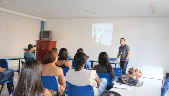 CDL Talentos promove palestra com dicas para se alcançar o emprego